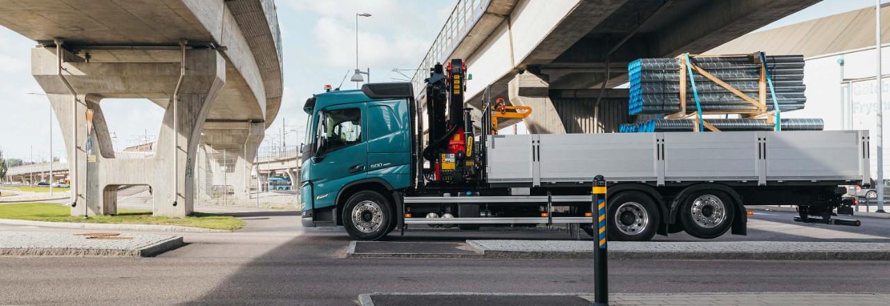 Konfigurieren Sie Ihren Volvo FM exakt nach Ihren Wünschen und wählen Sie dabei aus einer breiten Palette von Achskonfigurationen, Radständen und Fahrgestellhöhen.